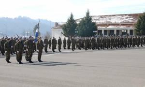 Στρατιωτική θητεία: Τι λέει ο Βίτσας για την αύξηση