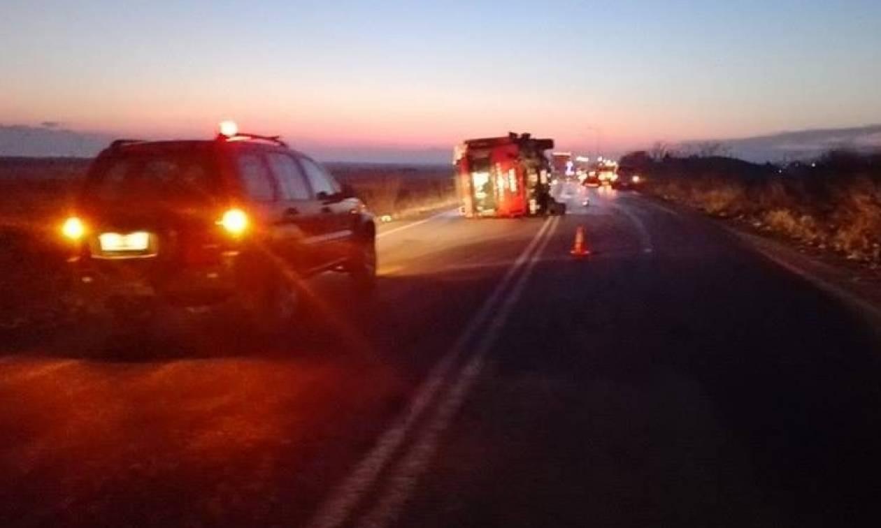 Πυροσβεστικό συγκρούστηκε με αυτοκίνητο – Νεκροί μητέρα και παιδί