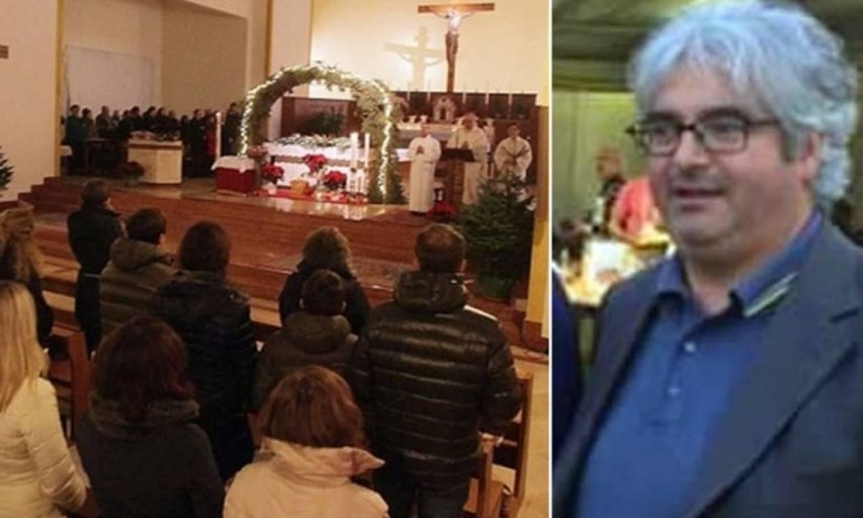 Σάλος: Ιερέας οργάνωνε όργια μέσα στην εκκλησία, γύριζε πορνό και εξέδιδε 15 γυναίκες!