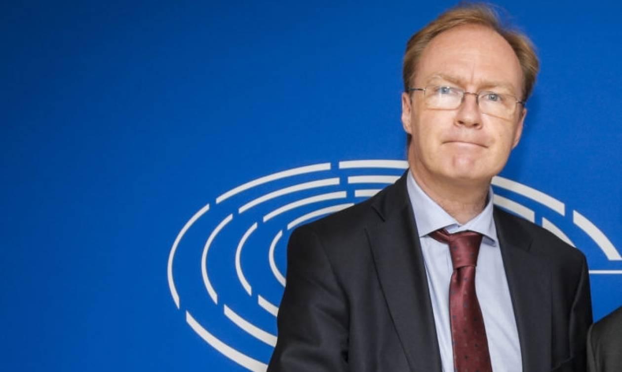 Αιφνιδιαστική παραίτηση του πρέσβη της Βρετανίας στην ΕΕ