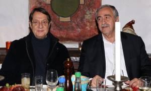 Κυπριακό: Τετ-α-τετ Αναστασιάδη με Ακιντζί λίγο πριν τη διάσκεψη της Γενεύης