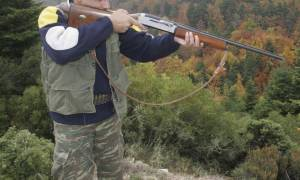 Το κυνήγι αγριογούρουνων μετατράπηκε σε εφιάλτη: 35χρονος πυροβολήθηκε στο λαιμό