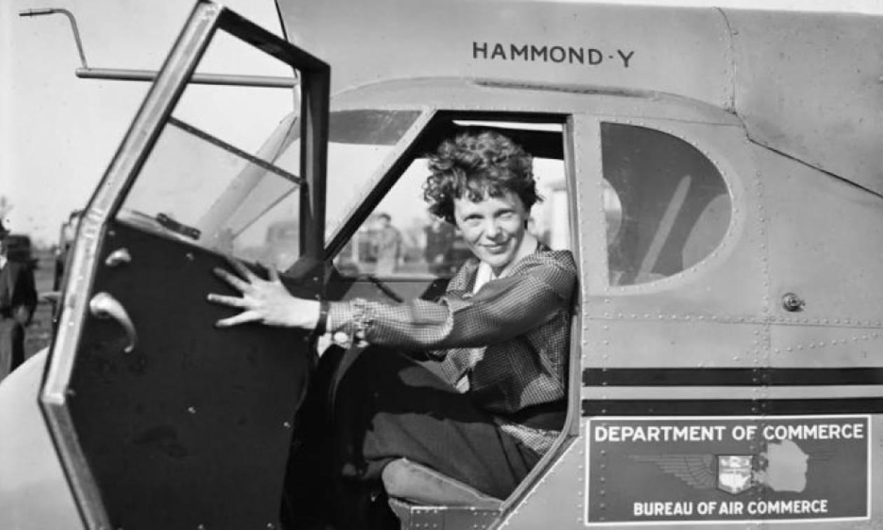 Σαν σήμερα το 1939 πέθανε η πρώτη γυναίκα που διέσχισε μόνη της τον Ατλαντικό, Αμέλια Έρχαρτ