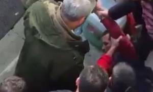 Λίντσαραν άνδρα που μοιάζει στον μακελάρη του Reina - Απείλησαν το κλαμπ λίγο πριν την επίθεση (vid)