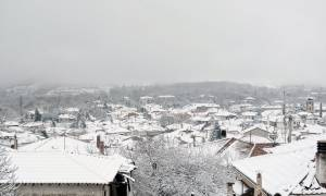 Καιρός: Ραγδαία επιδείνωση με καταιγίδες, χιόνια και μεγάλη πτώση της θερμοκρασίας (pics)
