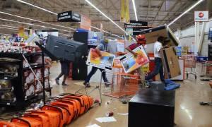 Χάος στο Μεξικό: Νεκρός αστυνομικός σε επεισόδια για την αύξηση της τιμής της βενζίνης (videos)
