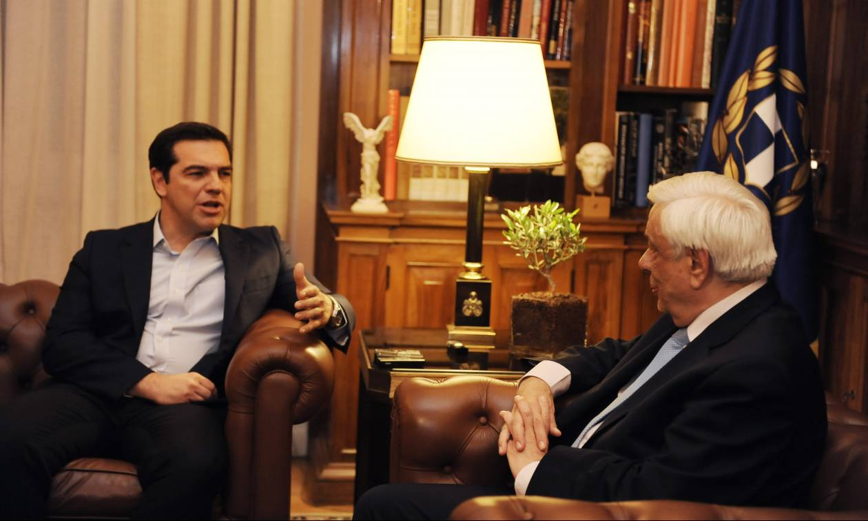 Κυπριακό: «Κλείδωσε» το ραντεβού Παυλόπουλου - Τσίπρα εν όψει Γενεύης