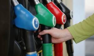 ΥΠΟΙΚ: Η αγορά δείχνει να απορροφά μέρος των αυξήσεων του ΕΦΚ στα καύσιμα