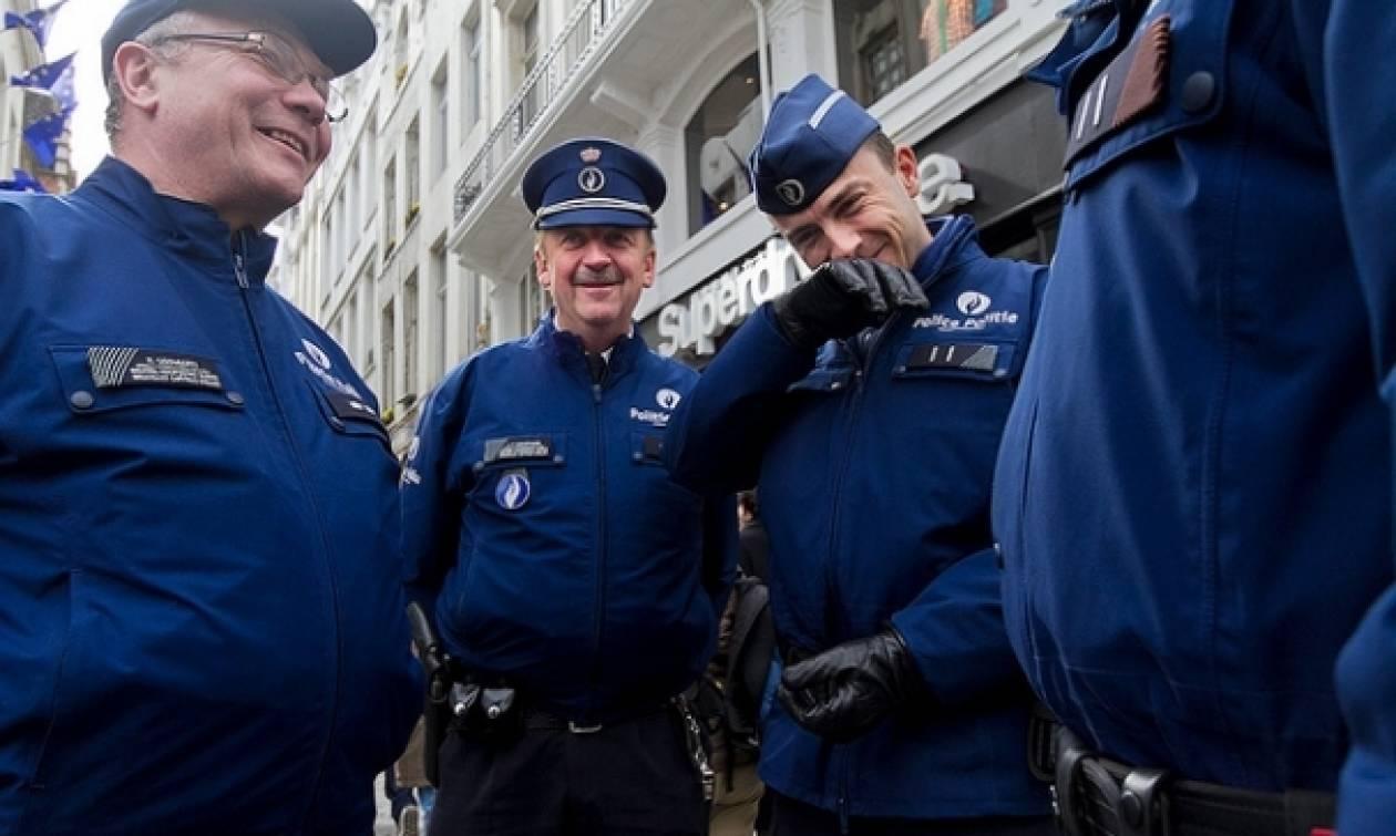 Βέλγιο: Αστυνομικοί στο Μόλενμπεκ ασθένησαν ομαδικά λόγω... εξουθένωσης