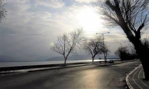 Χιόνια - Καιρός: Στην κατάψυξη τα Ιωάννινα - Στο σκοτάδι βυθίστηκε η μισή πόλη