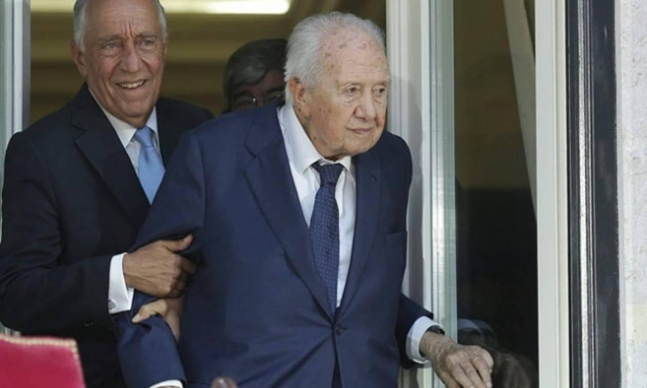 Τριήμερο εθνικό πένθος στην Πορτογαλία μετά τον θάνατο του Μάριο Σοάρες