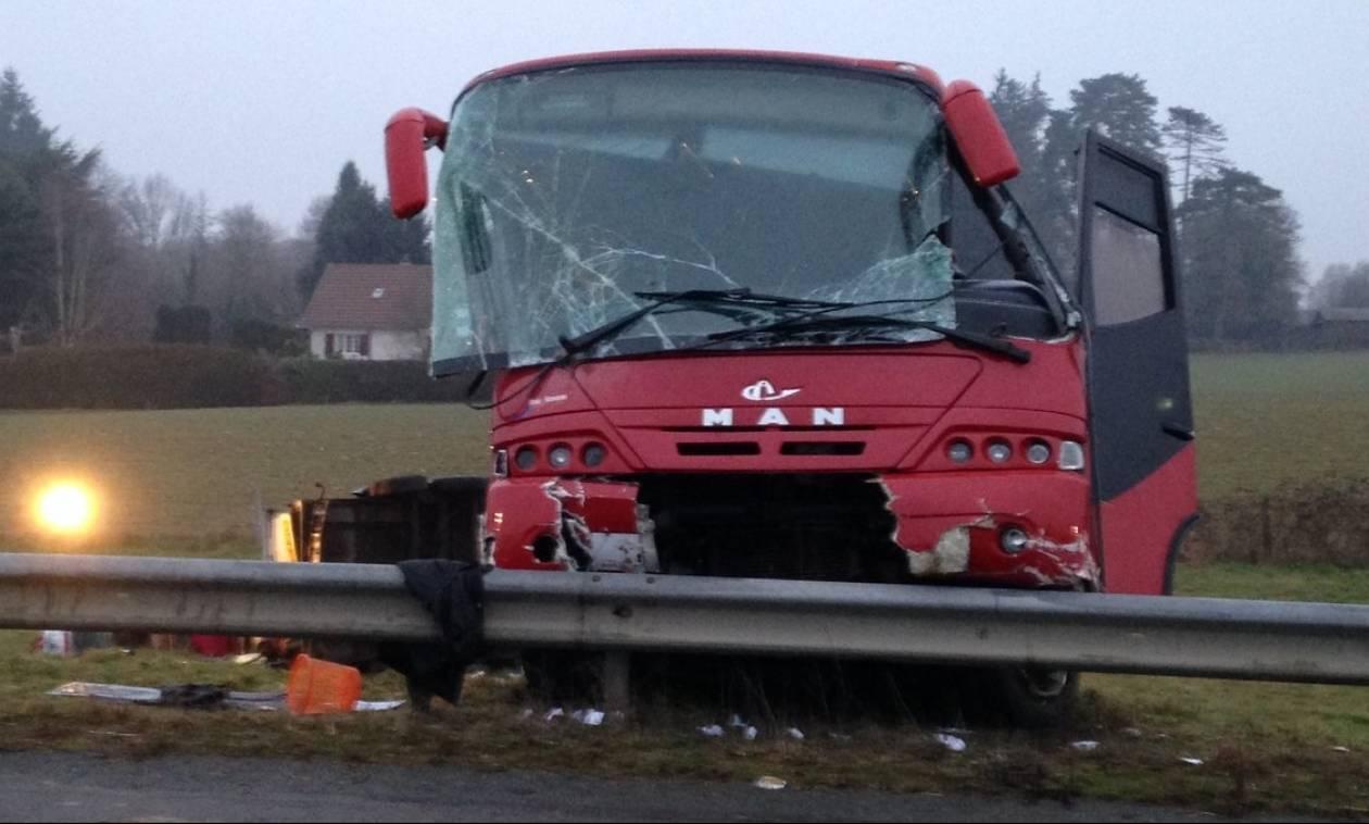 Τραγικό δυστύχημα στη Γαλλία: Τουλάχιστον 5 νεκροί και 27 τραυματίες σε τροχαίο λόγω πάγου (Pics)
