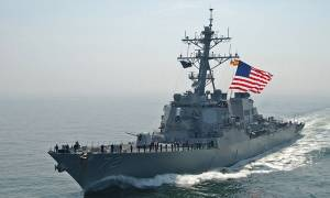 «Θερμό» επεισόδιο στον Περσικό: Αμερικανικό πλοίο άνοιξε πυρ εναντίον ιρανικού