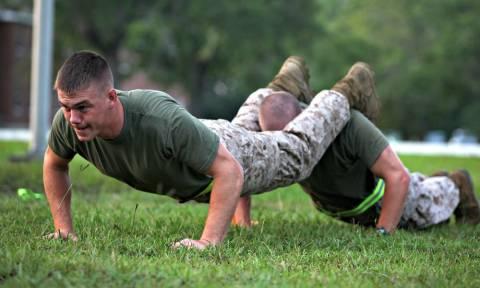 Έξι ασκήσεις push-ups για ειδικoδυναμίτες!
