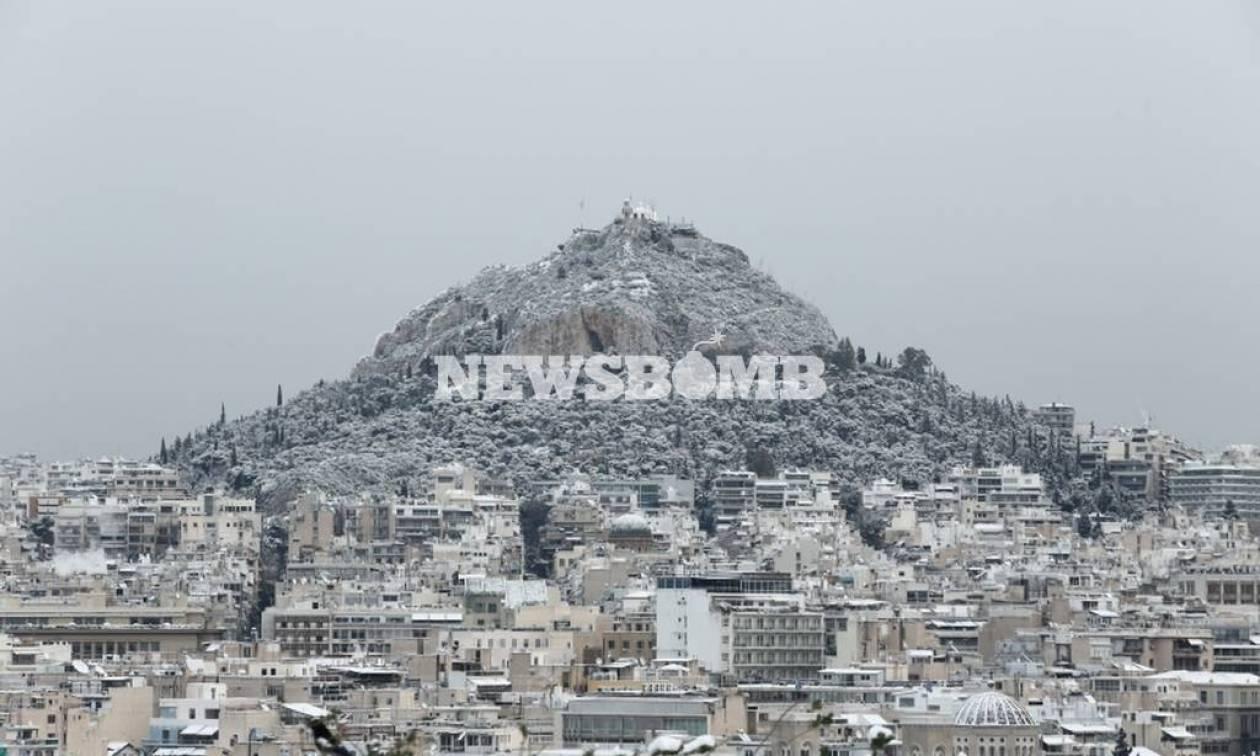Καιρός ΤΩΡΑ - Νέα ανατροπή: Δείτε πού θα ρίξει το περισσότερο χιόνι σήμερα!