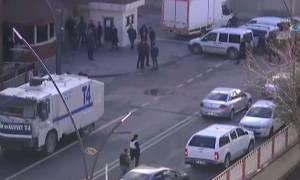 Πυροβολισμοί έξω απο αστυνομικό τμήμα στην Τουρκία (Vid)
