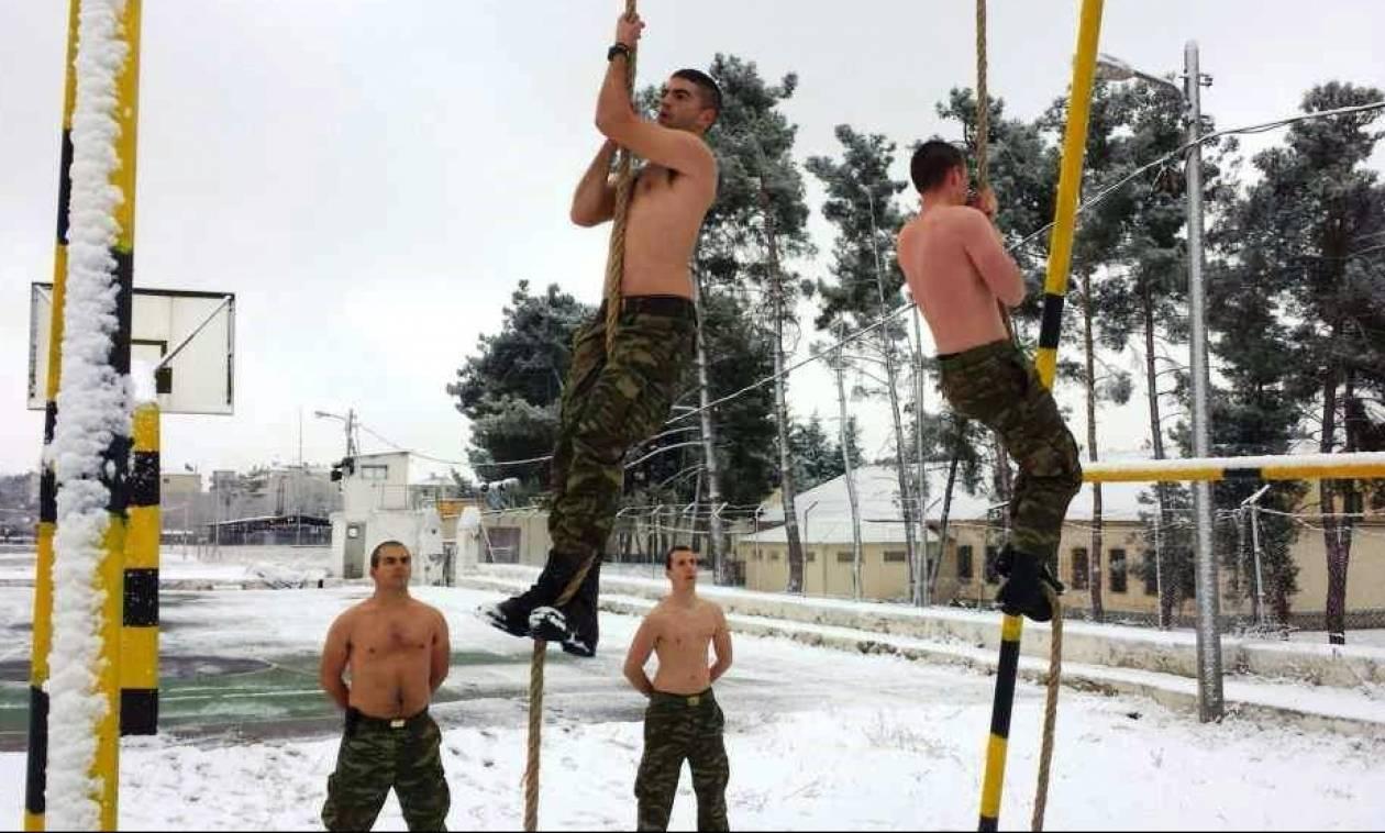Mε χαμηλές θερμοκρασίες και χιόνι η εκπαίδευση των ειδικών δυνάμεων (pics)
