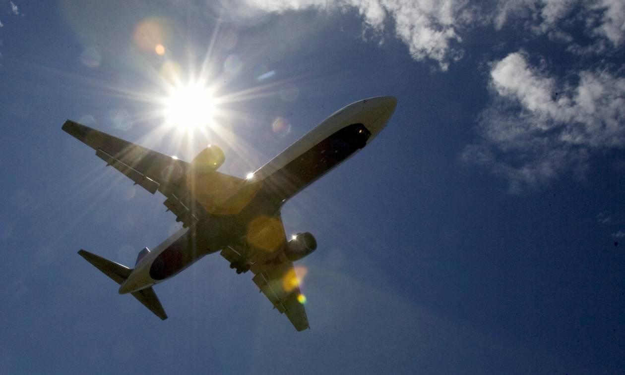 Ομογενής παρενόχλησε γυναίκα εν ώρα πτήσης-Απίστευτη η δικαιολογία του!