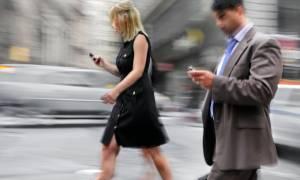 Πρωτοποριακό: Το βάδισμά σου μπορεί να αποτελέσει το αυτόματο password για το κινητό σου