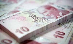 Τουρκία: Καταρρέει η τουρκική λίρα έναντι δολαρίου και ευρώ