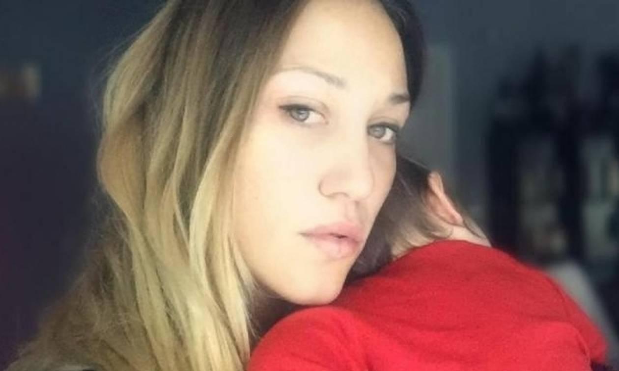 Πηνελόπη Αναστασοπούλου: Η ανησυχία της για τη διακοπή του θηλασμού και το μήνυμά της