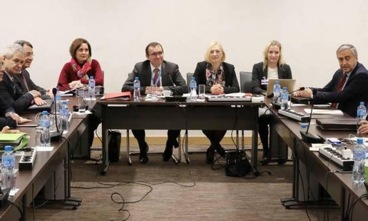 Η πρόσκληση προς Γαλλία για την αυριανή Διάσκεψη διαβιβάστηκε στη Μόνιμη Αντιπροσωπεία στη Γενεύη