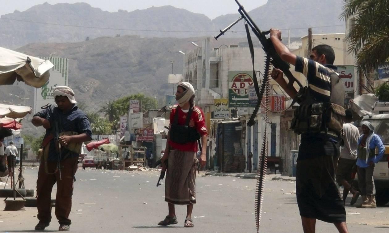 Υεμένη: Πάνω από 50 στρατιώτες και αντάρτες νεκροί σε μάχες μέσα σε δύο ημέρες
