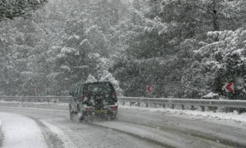 Βαριά χιονόπτωση στο Τρόοδος - Η Αστυνομία προειδοποιεί