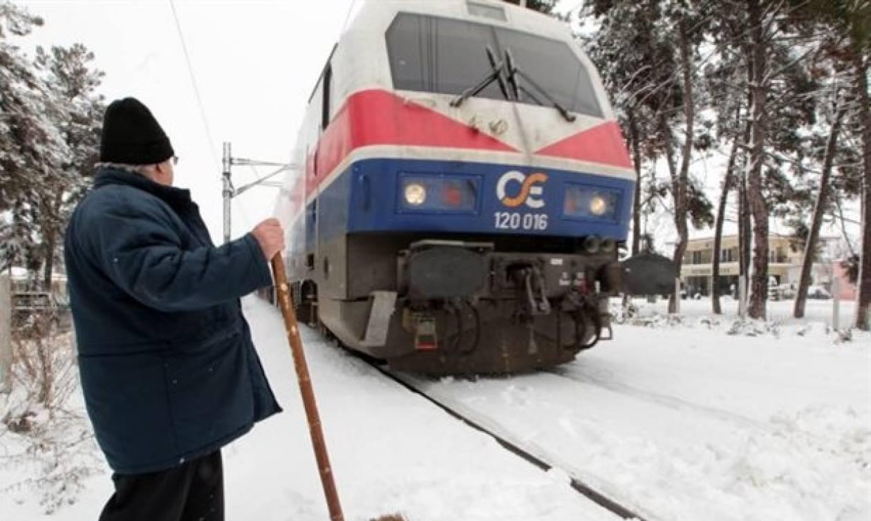 Καιρός: Πάνε και… έρχονται οι ευθύνες για τον χιονισμένο σιδηρόδρομο