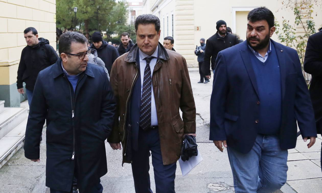 Αναβλήθηκε η δίκη του Καμμένου εναντίον των «Παραπολιτικών»