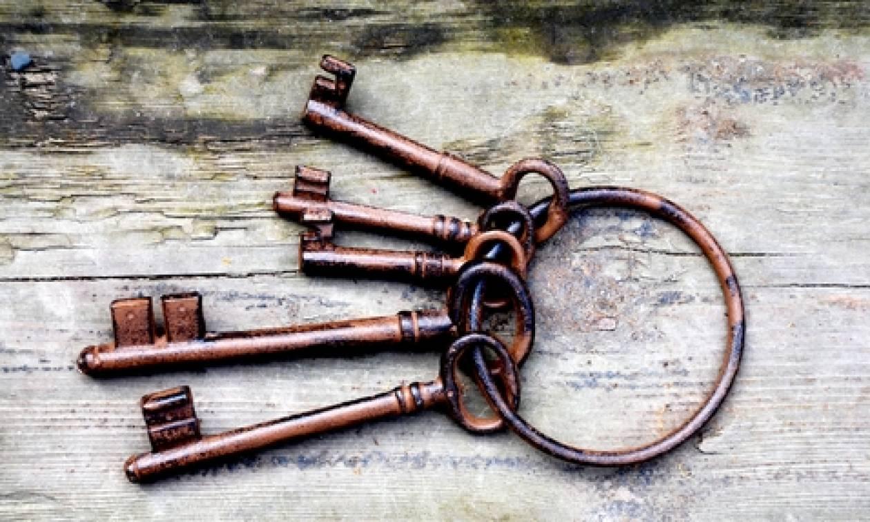 Γιατί λέμε τα κλειδιά του Παραδείσου και όχι το κλειδί;