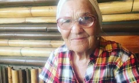 Η 89χρονη Ρωσίδα που κάνει τον γύρο του κόσμου (pics)