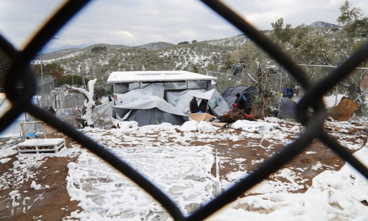 ΟΗΕ για τους παγωμένους πρόσφυγες: Τρομερή η κατάσταση στην Ελλάδα - Πεθαίνουν από το κρύο