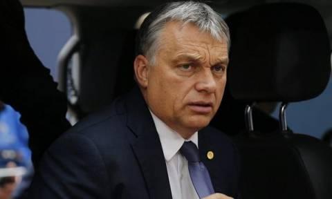 Ούγγρος Πρωθυπουργός: Να φυλακίζονται οι μετανάστες που φθάνουν στη χώρα