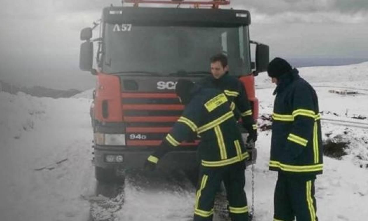 Επιχείρηση της πυροσβεστικής στην Κύμη: «Αν δεν ήσασταν εσείς θα πεθαίναμε»