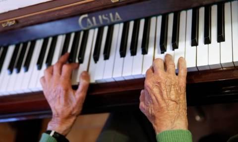Αγγλία: Βρήκαν κρυμμένο θησαυρό μέσα σε... πιάνο