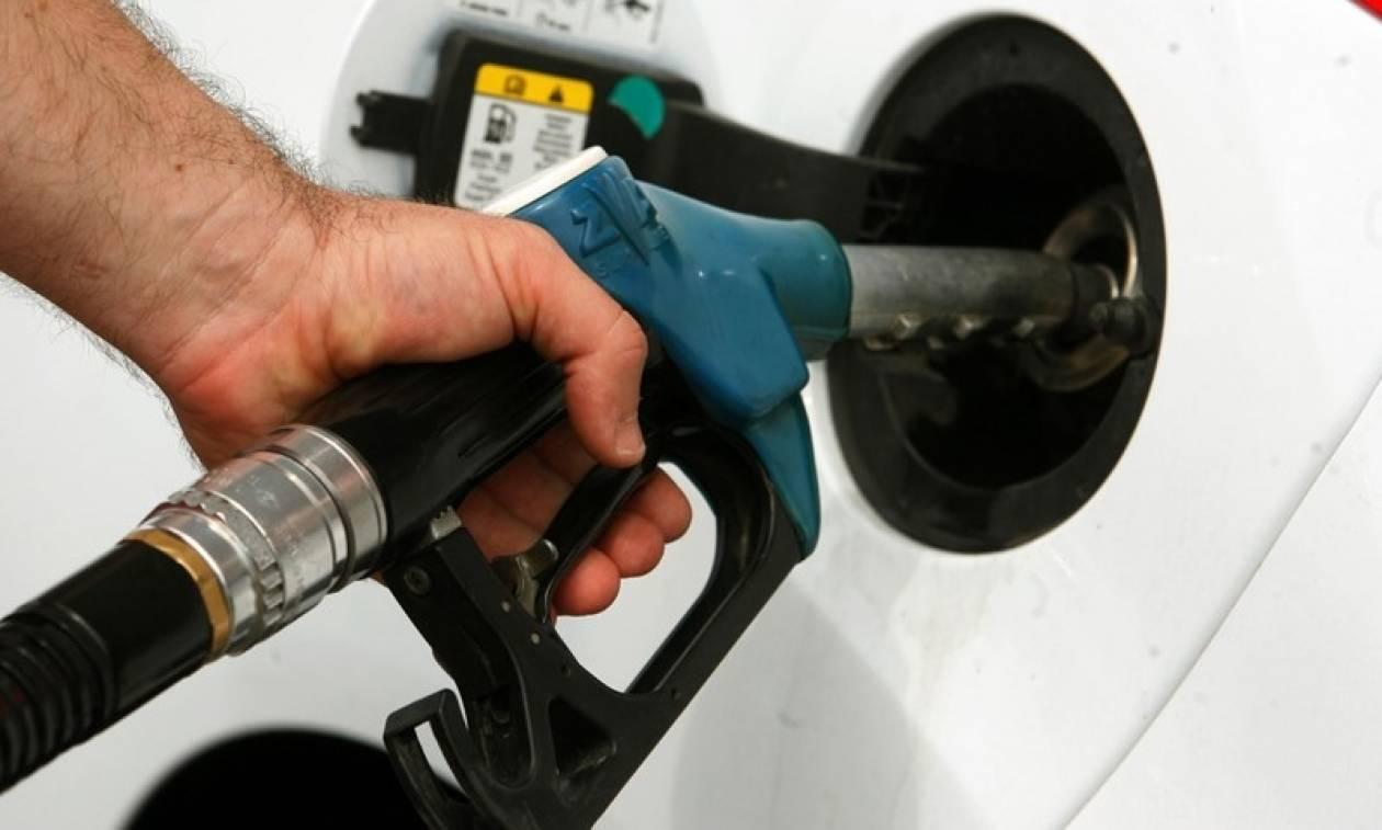 «Χαράτσι» 500 ευρώ από τις αυξήσεις σε βενζίνη και πετρέλαιο θέρμανσης