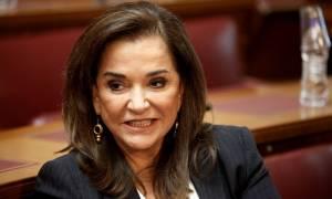 Πρόωρες εκλογές βλέπει η Ντόρα Μπακογιάννη