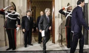 Μετά το εξιτήριο Τζεντιλόνι κυβερνητικό συμβούλιο στην Ιταλία