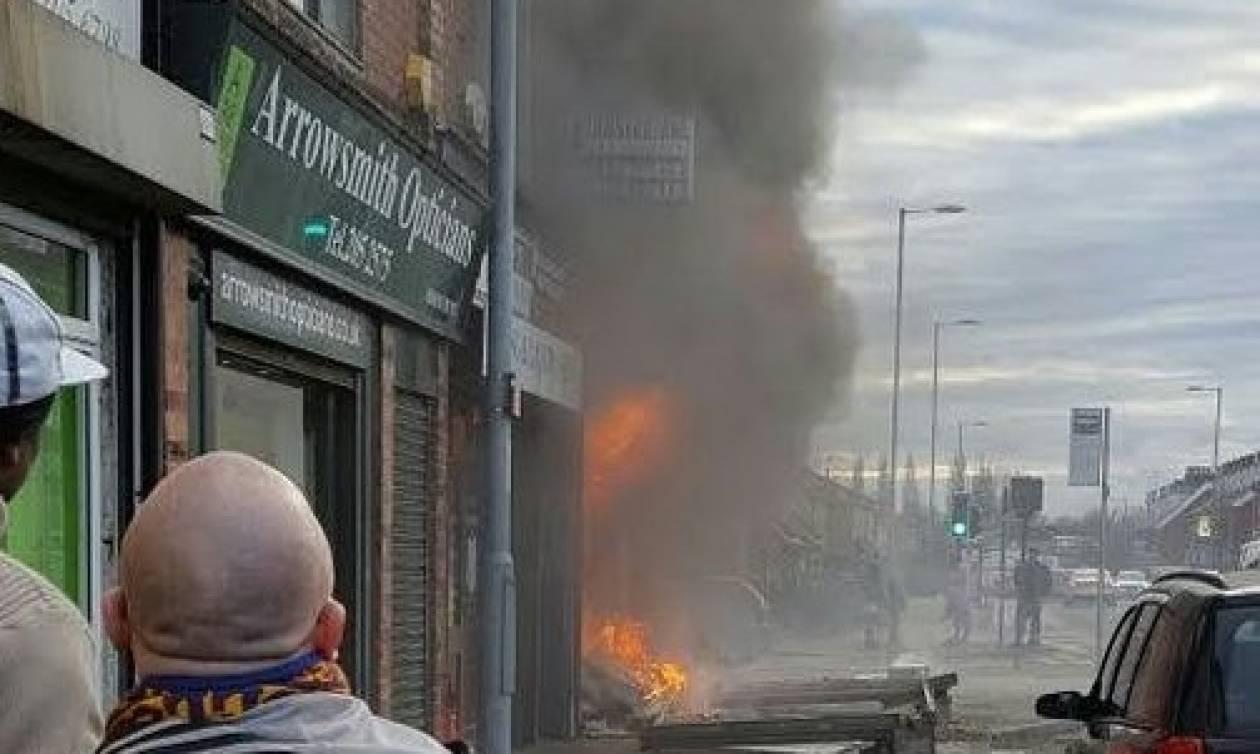 Ισχυρή έκρηξη σε καφετέρια στο Μάντσεστερ - Ένας τραυματίας (vid)