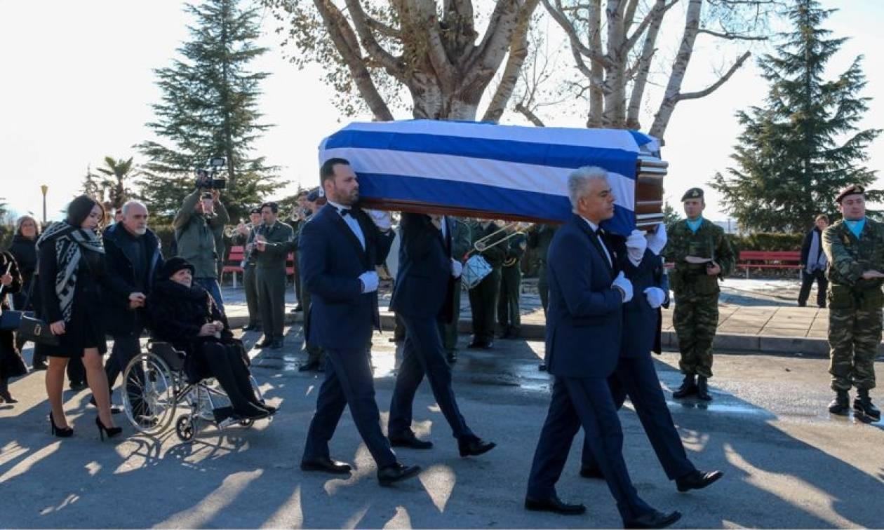 Κυριάκος Αμοιρίδης: Θρήνος στην κηδεία του Έλληνα πρέσβη (pics)