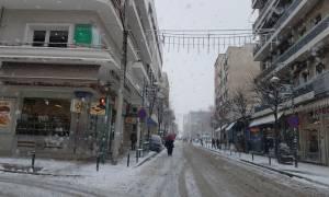 Καιρός: «Συναγερμός» στη Λάρισα ενόψει νέων ισχυρών χιονοπτώσεων