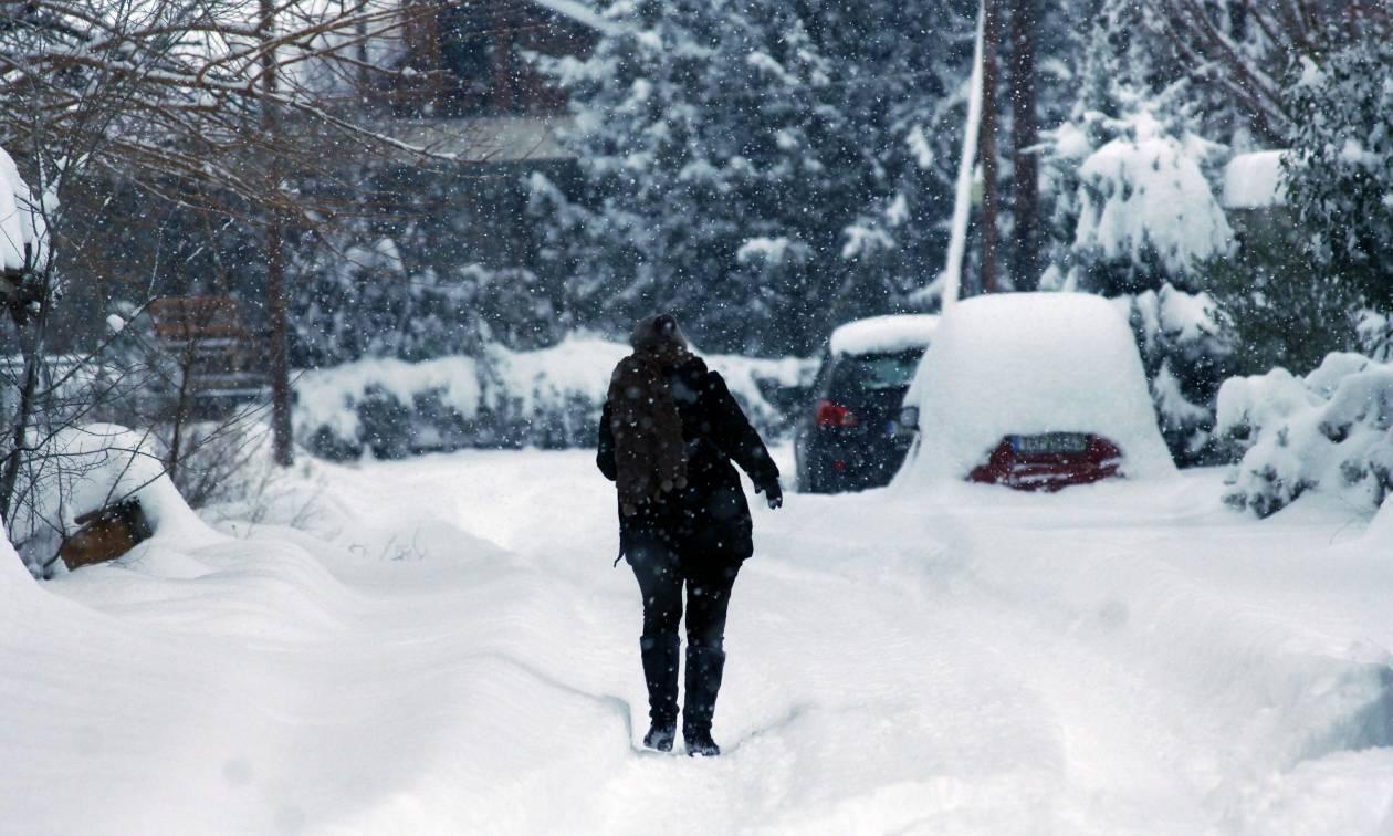 Καιρός: Έκτακτο δελτίο - Νέος χιονιάς σαρώνει όλη την Ελλάδα