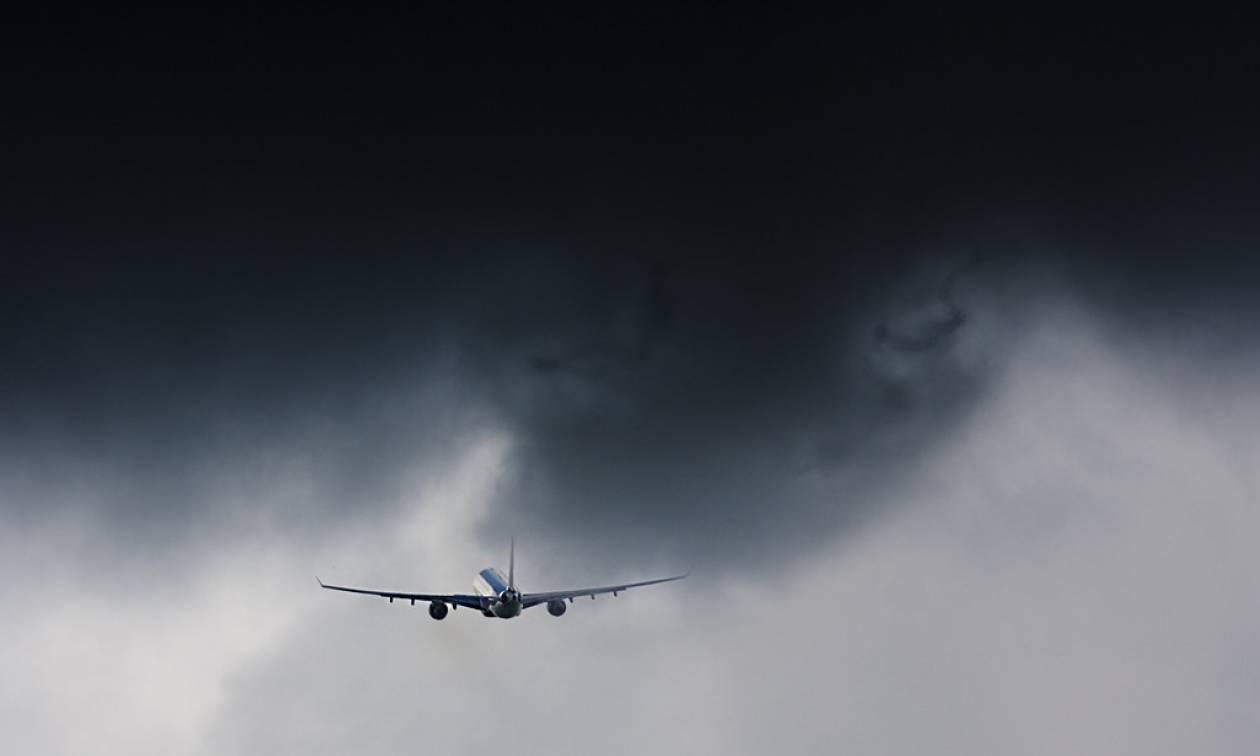 Καιρός ΤΩΡΑ - Ζάκυνθος: Συναγερμός στο αεροδρόμιο - Δεν προσγειώθηκε πτήση λόγω κακοκαιρίας