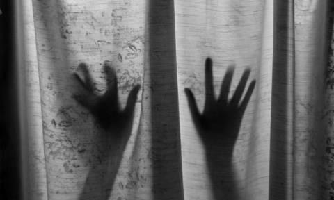 Σοκ: 38χρονος απήγαγε και βίασε εκατοντάδες μικρά κοριτσάκια