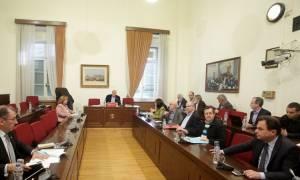 Πόρισμα ΣΥΡΙΖΑ για δάνεια κομμάτων και ΜΜΕ: Τρίγωνο διαπλοκής πολιτικών, μέσων και τραπεζών