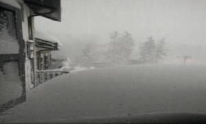 Τραγωδία στην Ιταλία: Χιονοστιβάδα παρέσυρε ξενοδοχείο - Πληροφορίες για πολλούς νεκρούς (Pics+Vid)