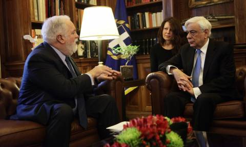 President Pavlopoulos meets with EU Commissioner Canete
