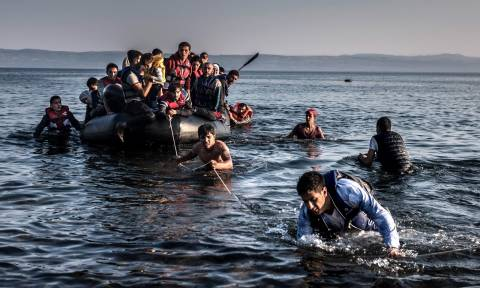 10,956 refugees on the northern Aegean islands; 20 arrivals recorded in the last 24 hours