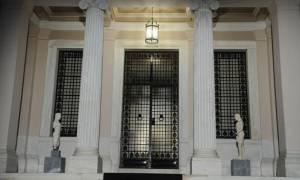 Η κυβέρνηση απαντά ειρωνικά στον Πολ Τόμσεν για την ανεργία